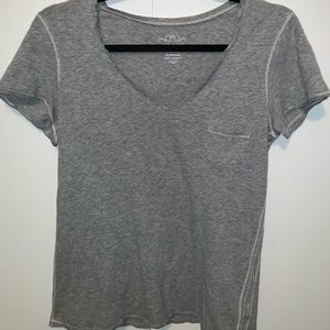 Gray v neck t shirt